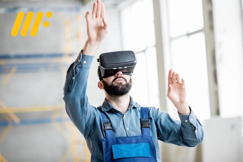 Man with VR headset on site - MIDFIX